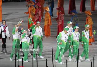 -Defile Atlet Turkmenistan dalam Upacara Pembukaan Asian Para Games 2018
