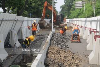 Penutupan Jalan Setiabudi Tengah Proyek LRT