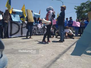 Aksi Mahasiswa Blitar Menolak UU KPK dan RKUHP
