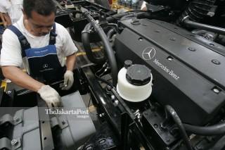 File: Mercedes Benz C-Class