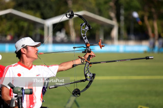Atlet Panahan Jepang Oyama Kohji berlaga dalam babak kualifikasi