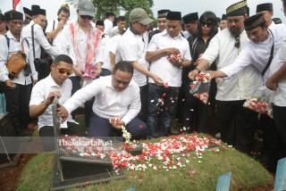 Zirah, doa dan tabur bunga peringatan tragedi 21 tahun tragedi trisakti
