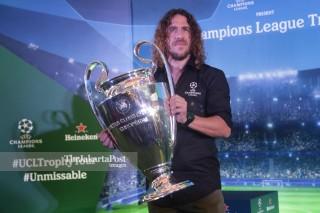 Carles Puyol UEFA Champions League Trophy Tour