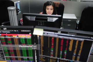 File: Dealing Room Treasury Bank OCBC NISP, Jakarta