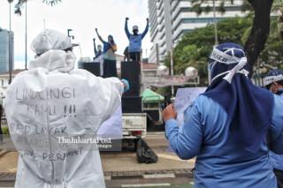 unjuk rasa staff ambulans gawat darurat