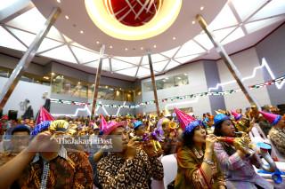 FILE; Penutupan Perdagangan Bursa 2015