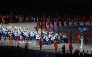 Defile Atlet Kazakhstan  pembukaan Asian Para Games 2018