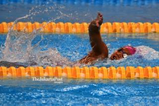 Suci indriani bertanding   lomba renang 200m gaya bebas putri s14