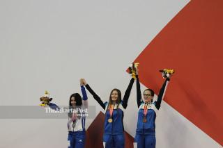 PARA SWIMMING - Putri 100m - Gaya Kupu-Kupu - Penyerahan Medali