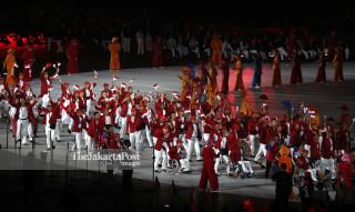 Defile Atlet Indonesia pembukaan Asian Para Games 2018