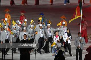 -Defile Atlet Sri Lanka dalam Upacara Pembukaan Asian Para Games 2018