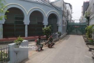 Masjid Jami Kebon Jeruk Diisolasi