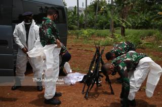 Penguburan Korban COVID-19 TPU Pondok Ranggon