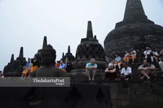Wisatawan di Candi Borobudur