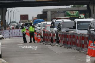 Razia Kendaraan Masuk Jakarta