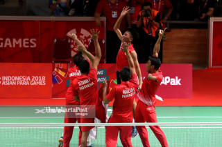 -Selebrasi Tim Indonesia setelah berhasil mempersembahkan medali emas
