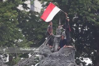 Demo Tolak Omnibus Law & 1 tahun Jokowi-Ma'ruf