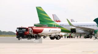 Pengisian Bahan Bakar Pesawat Bandara Sepinggan Balikpapan