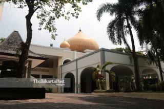 Masjid Pangeran Diponegoro di Taman Mini Indonesia Indah (TMII) Jakarta