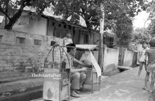 FILE : Penjual Sate Kambing (1984)
