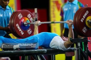 -Atlet Angkat Besi Putra 49kg asal Laos Laophakdee Pia