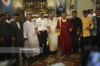 Anies Baswedan visits Cathedral grand church
