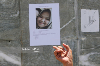 foto korban hilang di lapangan depan Masjid Agung Darussalam, Palu, Sulawesi Tengah