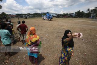 bantuan korban gempa di Lapangan Wani Donggala Sulawesi Tengah