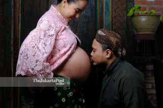 Maternity & Pregnancy - couple