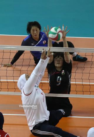 -Voli duduk putri Iran vs Jepang