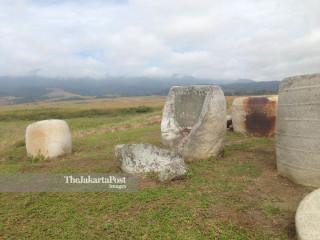 Patung Megalith