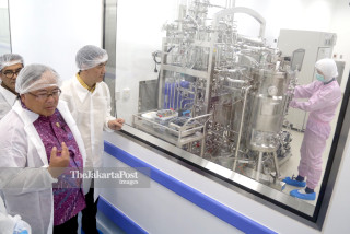 Minister of Research and Technology to Bioteknologi factory