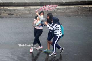 FILE; Ibukota Diguyur Hujan