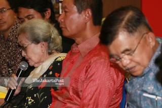 "File:  Peluncuran Buku Berjudul ""Hoegeng Polisi dan Menteri Teladan"" karya Suhartono"