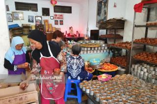 Sulistyawati Basket Cake Yogjakarta