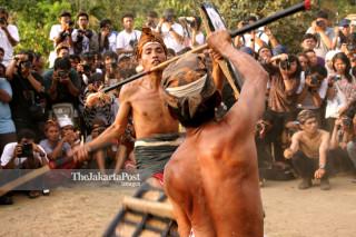 Peresean martial game