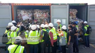 Paper Waste Tanjung Perak